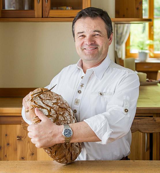 Brot aus der Traditionsbäckerei Mauracherhof - Bio-Hofbäckerei Mauracher GmbH
