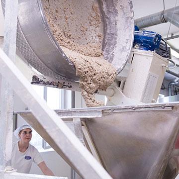 Innovation und Tradition gehen in unserer Bäckerei im Mühlviertel Hand in Hand - Bio-Hofbäckerei Mauracher GmbH